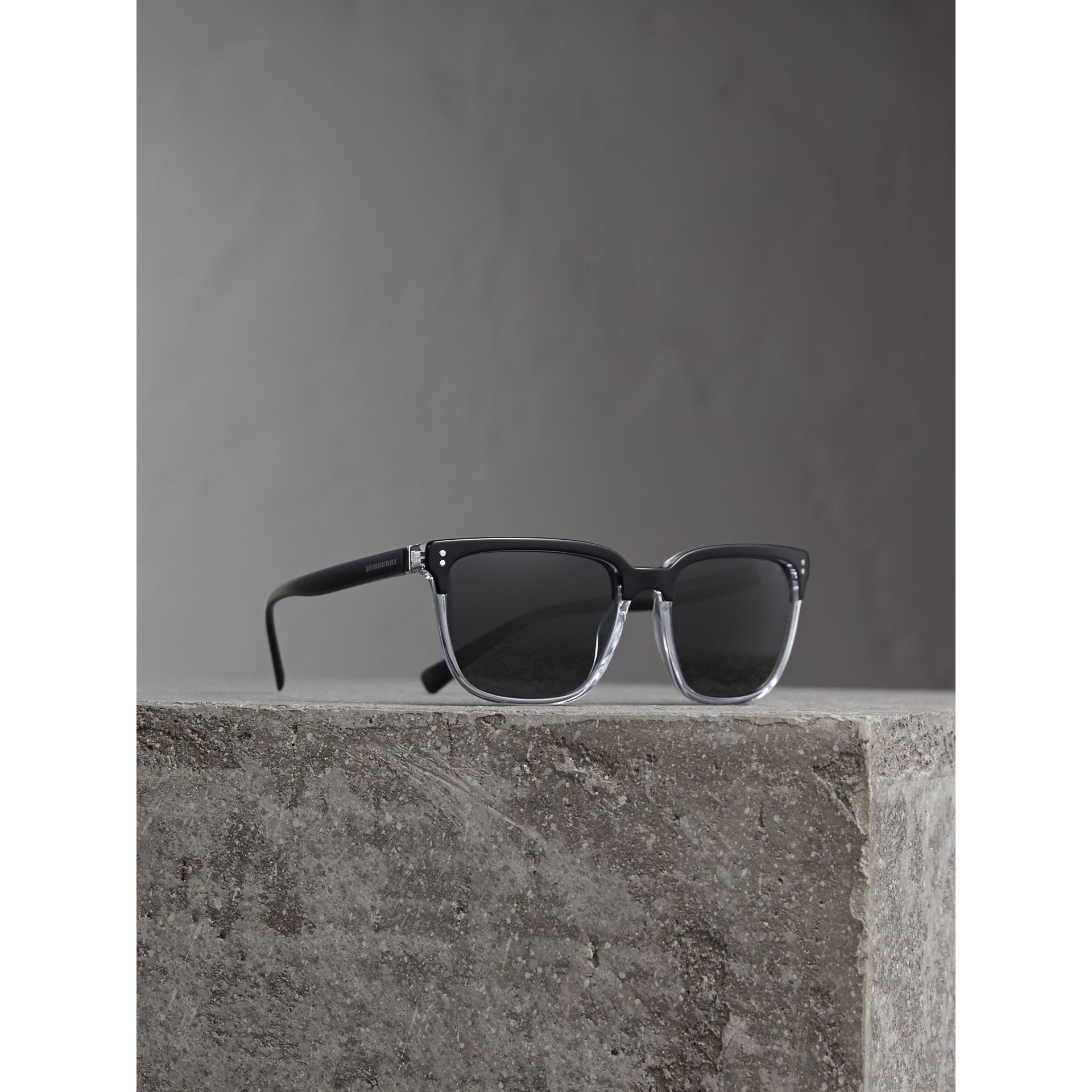 Square Frame Sunglasses in Black - Men | Burberry Australia - gallery image 0