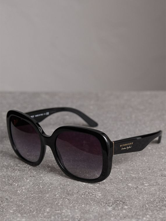 Square Frame Sunglasses in Black - Women | Burberry Hong Kong - cell image 2