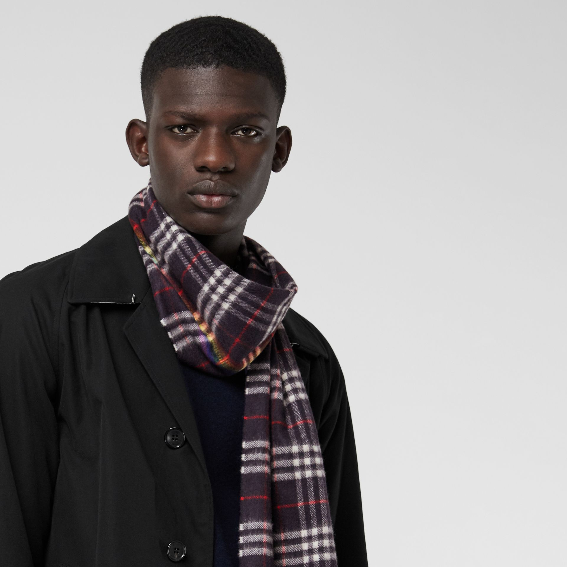The Classic Rainbow Check Cashmere Scarf in Navy/rainbow | Burberry Australia - gallery image 5