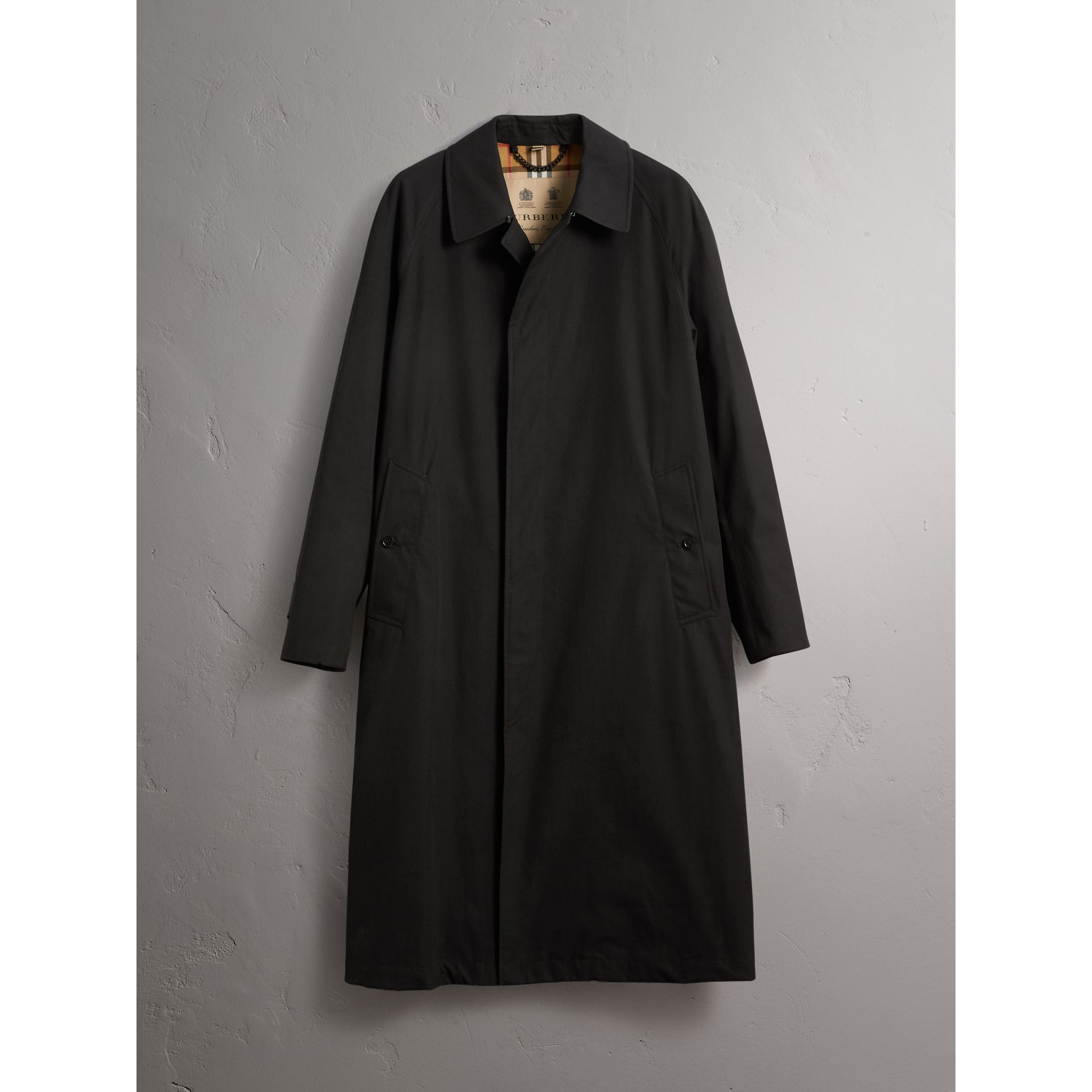 The Brighton – Extra-long Car Coat in Black - Men | Burberry - gallery image 4