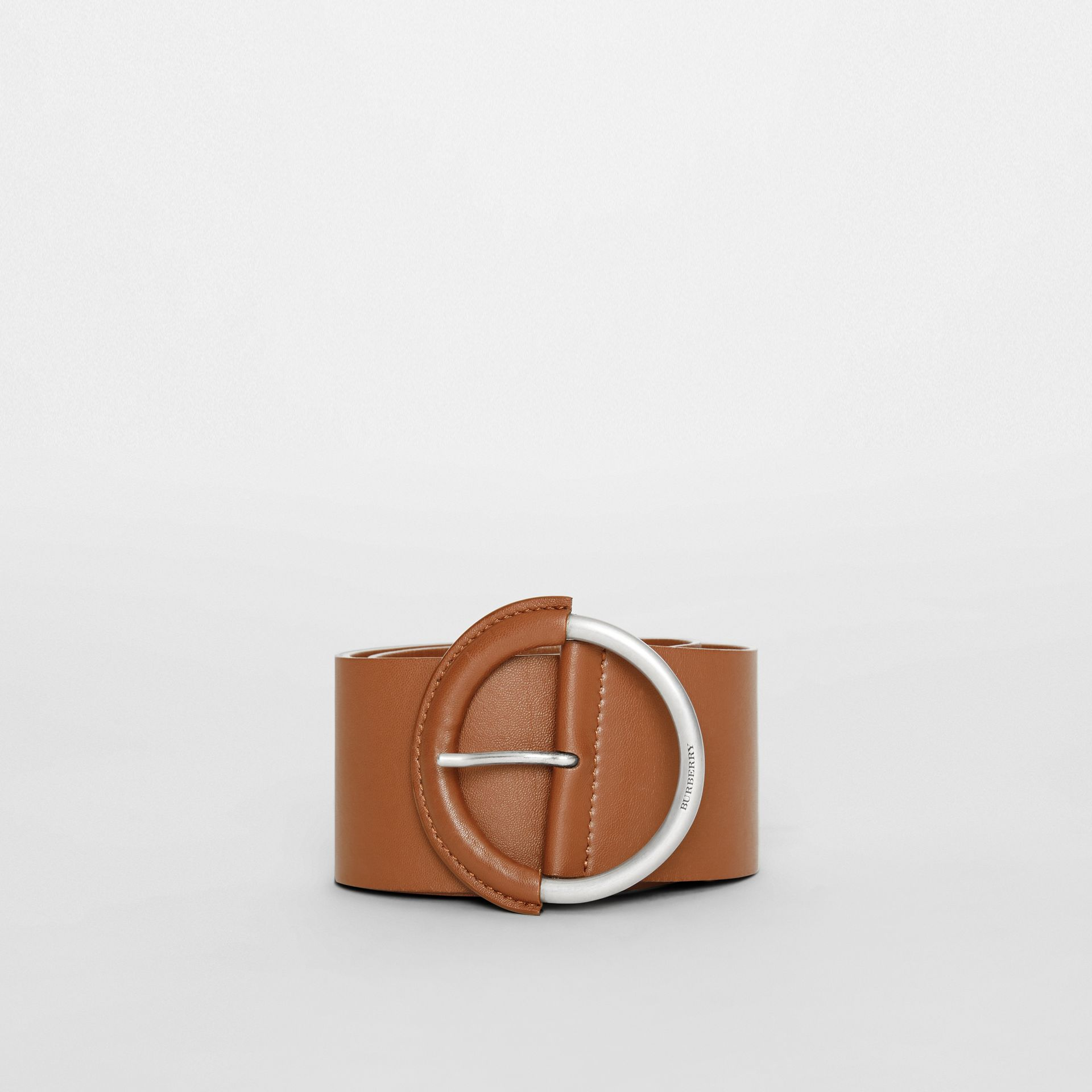 Round Buckle Leather Belt in Tan - Women | Burberry - gallery image 2