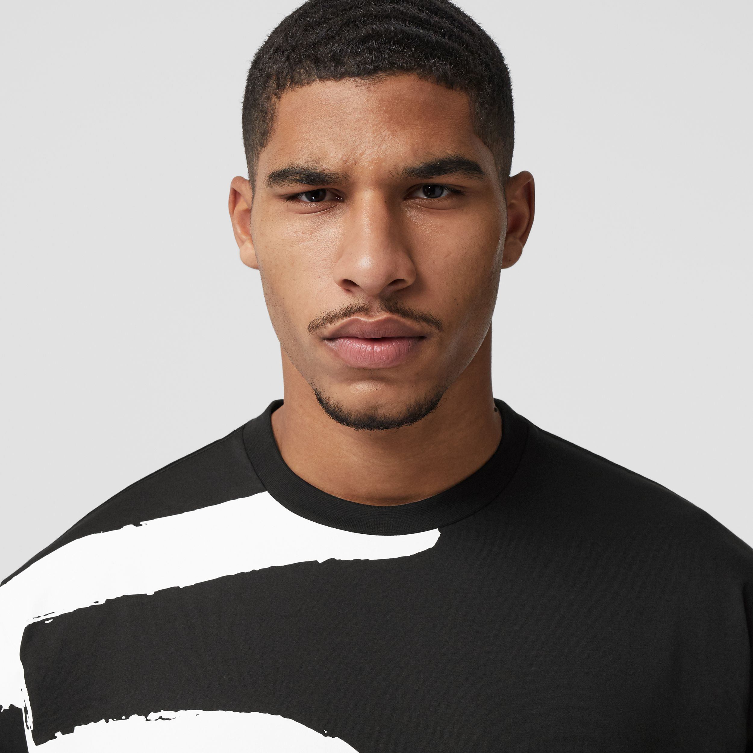 Love Print Cotton Oversized T-shirt in Black - Men | Burberry - 2