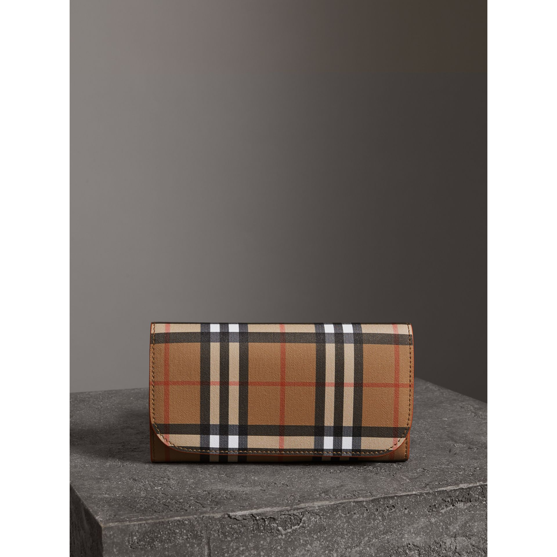 Vintage Check Continental Wallet with Zip Card Case in Clementine - Women | Burberry United Kingdom - gallery image 4