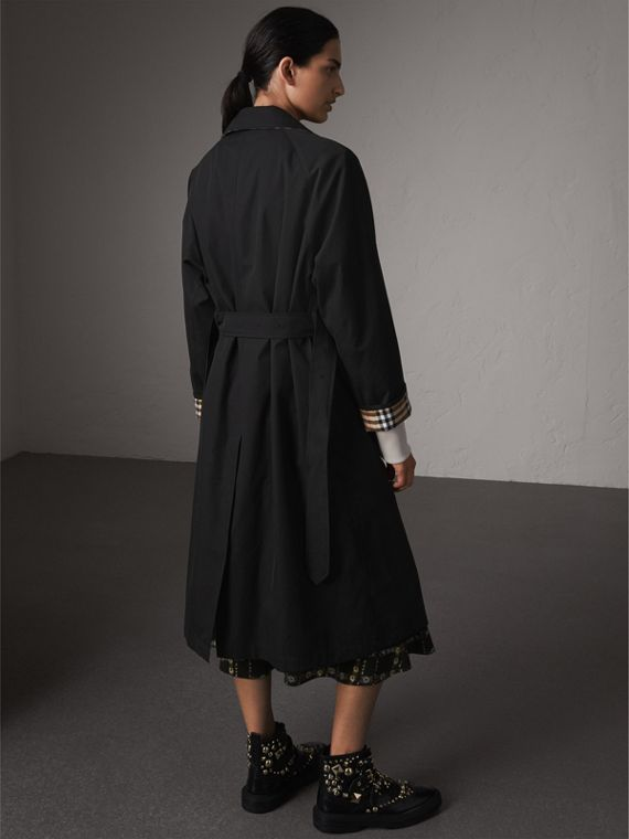 The Brighton – Extra-long Car Coat in Black - Women | Burberry Canada - cell image 2