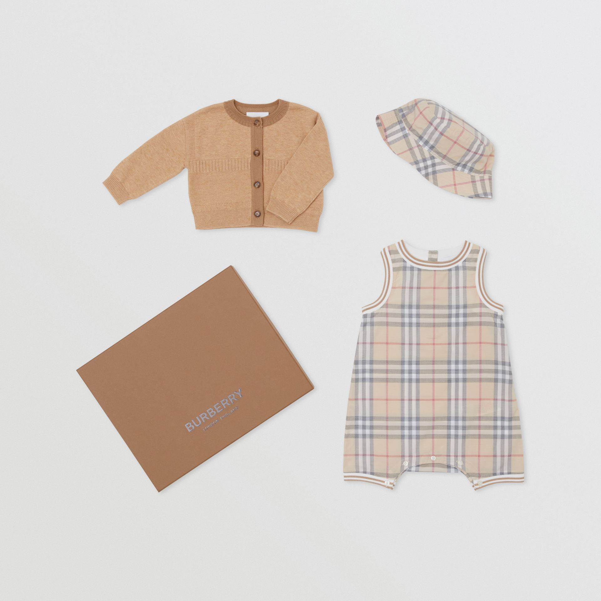 Vintage Check Cotton Three-piece Baby Gift Set in Pale Stone - Children | Burberry Hong Kong S.A.R - gallery image 0