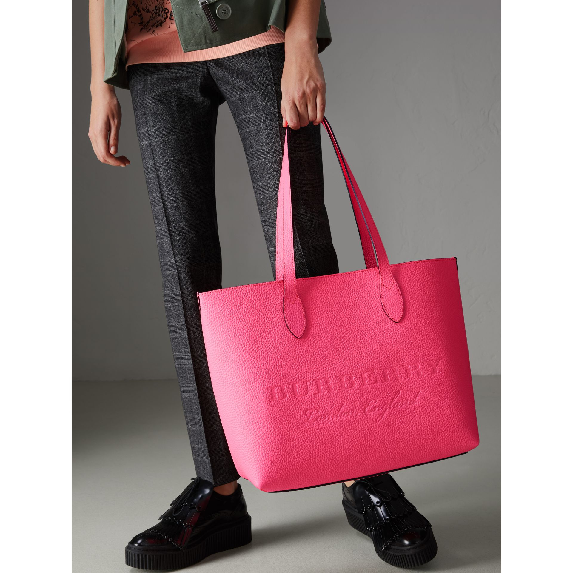 Embossed Leather Tote in Neon Pink | Burberry United Kingdom - gallery image 3