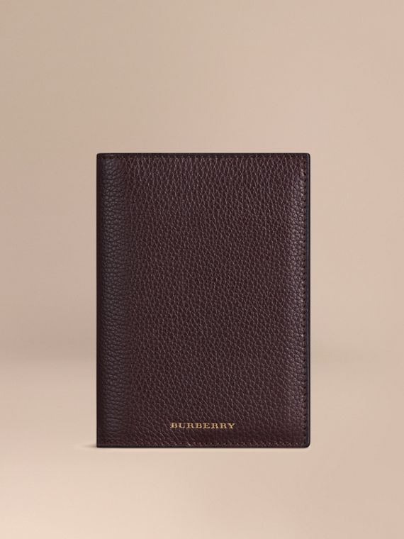 Grainy Leather Passport Cover in Ebony Red