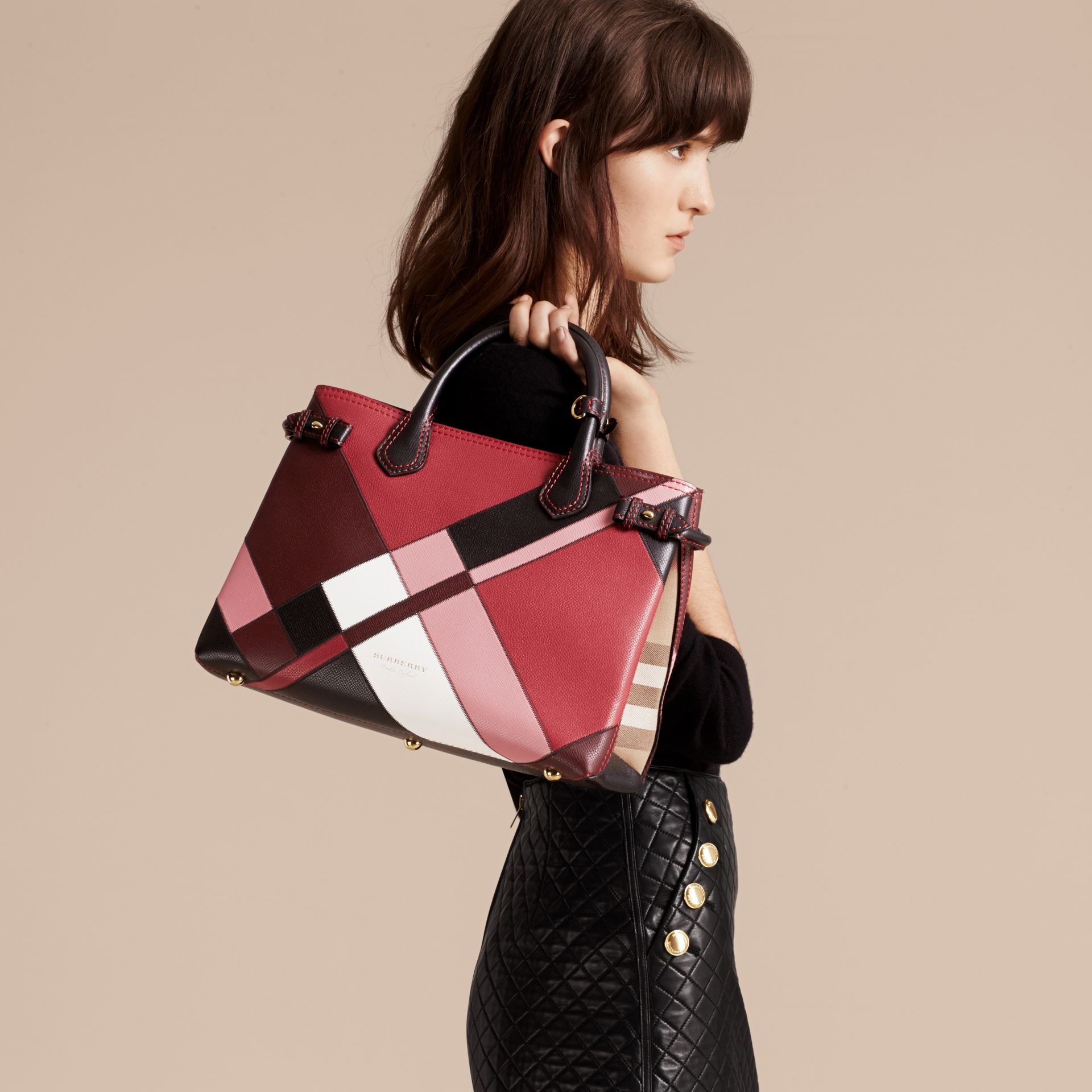 The Medium Banner in Colour Block Leather in Pink - Women | Burberry Canada - gallery image 3