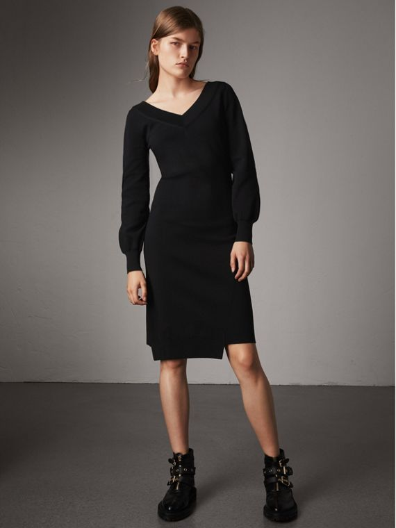 Asymmetric Knitted V-neck Dress in Black