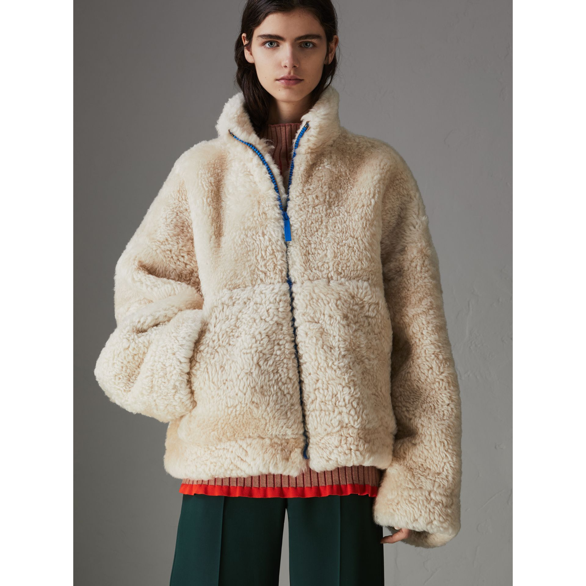 Contrast Zip Shearling Funnel-neck Jacket in Natural White - Women | Burberry Canada - gallery image 4