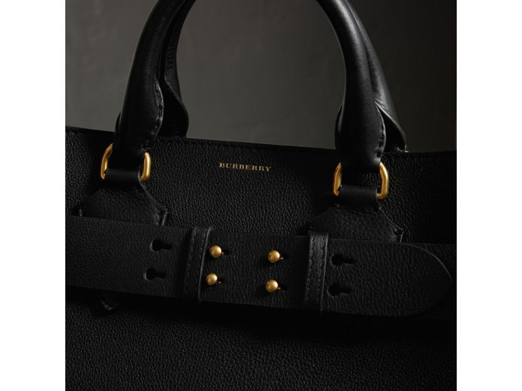 The Large Leather Belt Bag in Black | Burberry United States - cell image 1