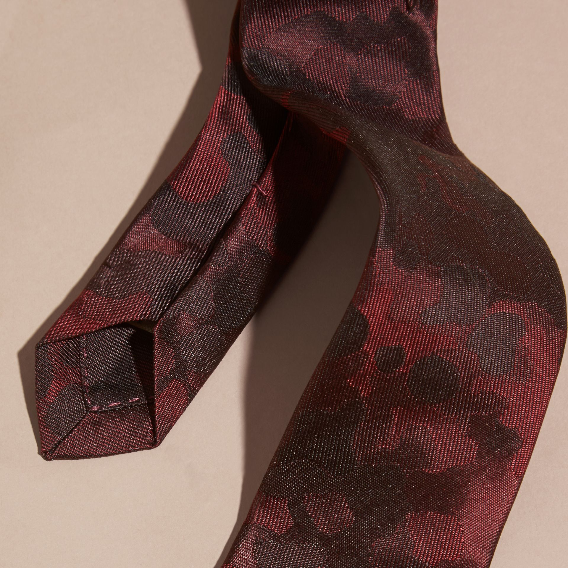 Burgundy red Slim Cut Painterly Pattern Silk Tie - gallery image 2