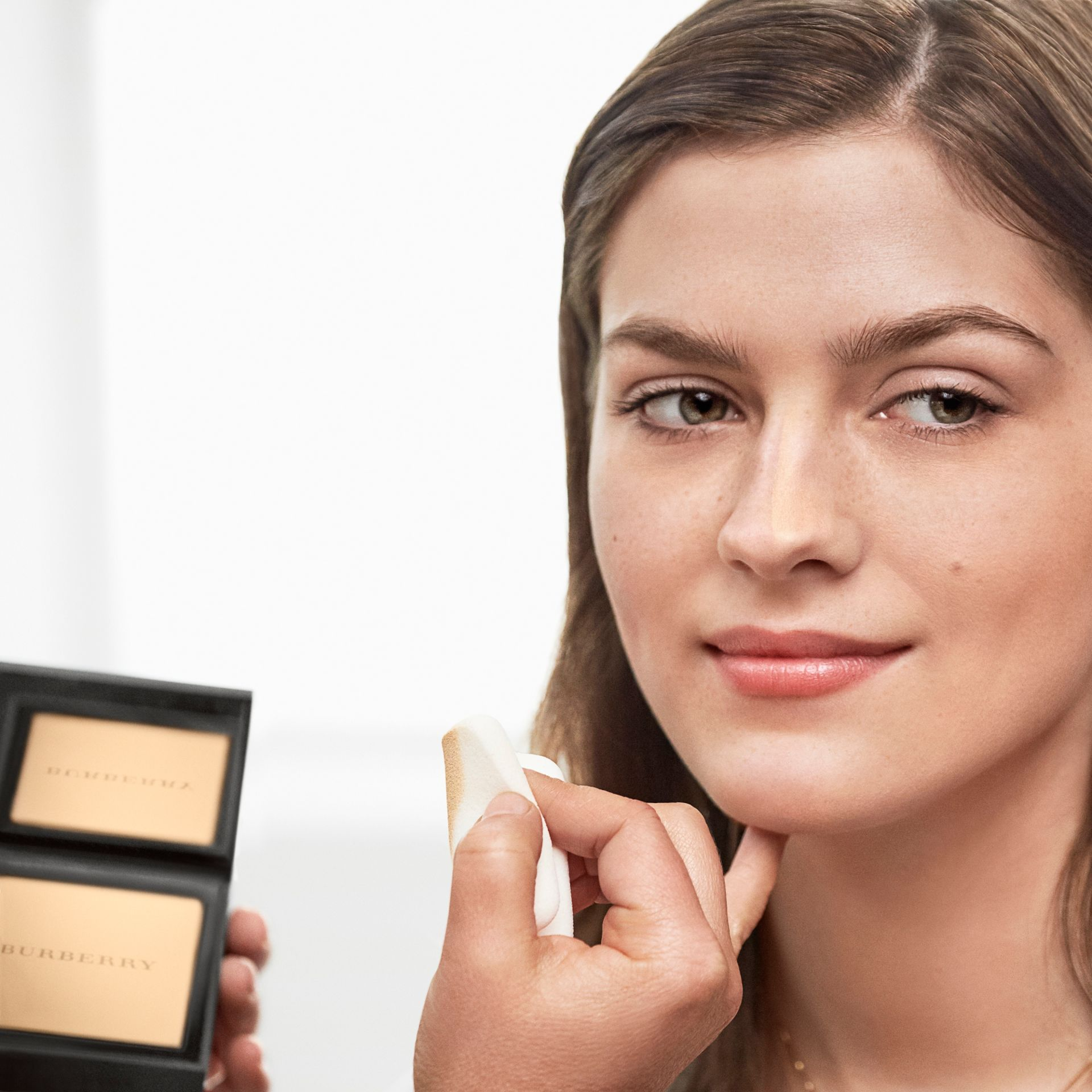 Burberry Cashmere Compact – Almond No.43 - Women | Burberry - gallery image 3