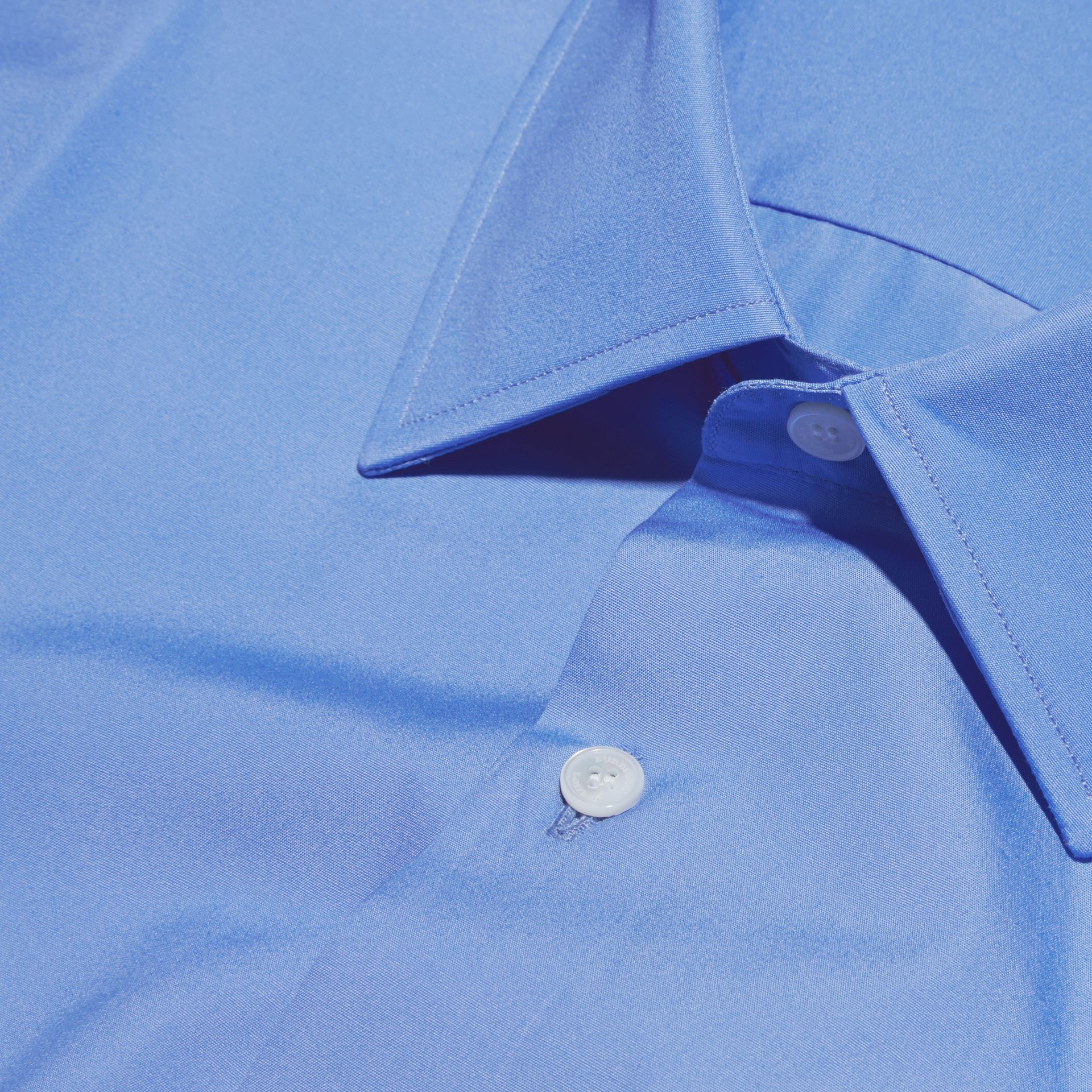 Modern Fit Cotton Poplin Shirt in Mid Blue - gallery image 2