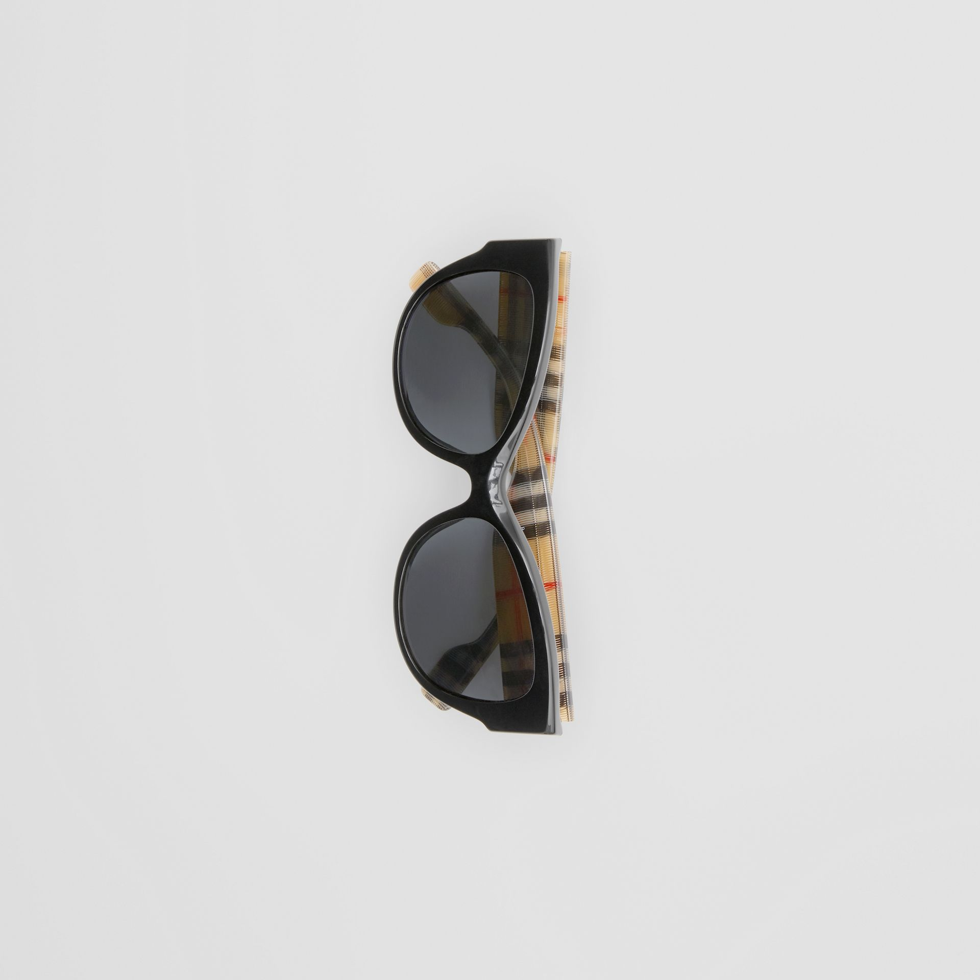 Vintage Check Detail Butterfly Frame Sunglasses in Black/beige | Burberry - gallery image 3