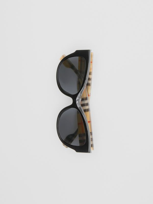 Vintage Check Detail Butterfly Frame Sunglasses in Black/beige | Burberry United Kingdom - cell image 3