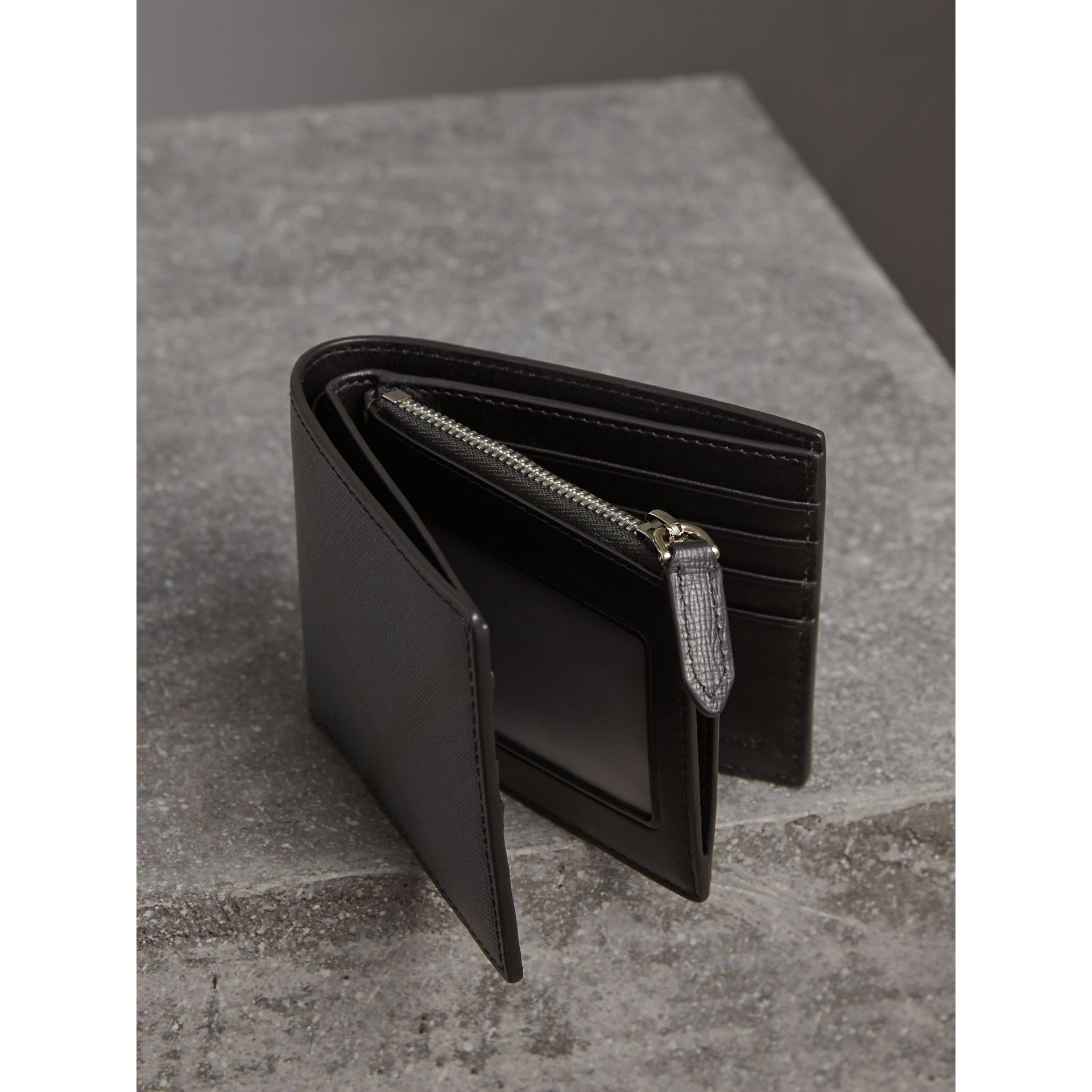 London Check International Bifold ID Coin Wallet in Navy/black - Men | Burberry - gallery image 4