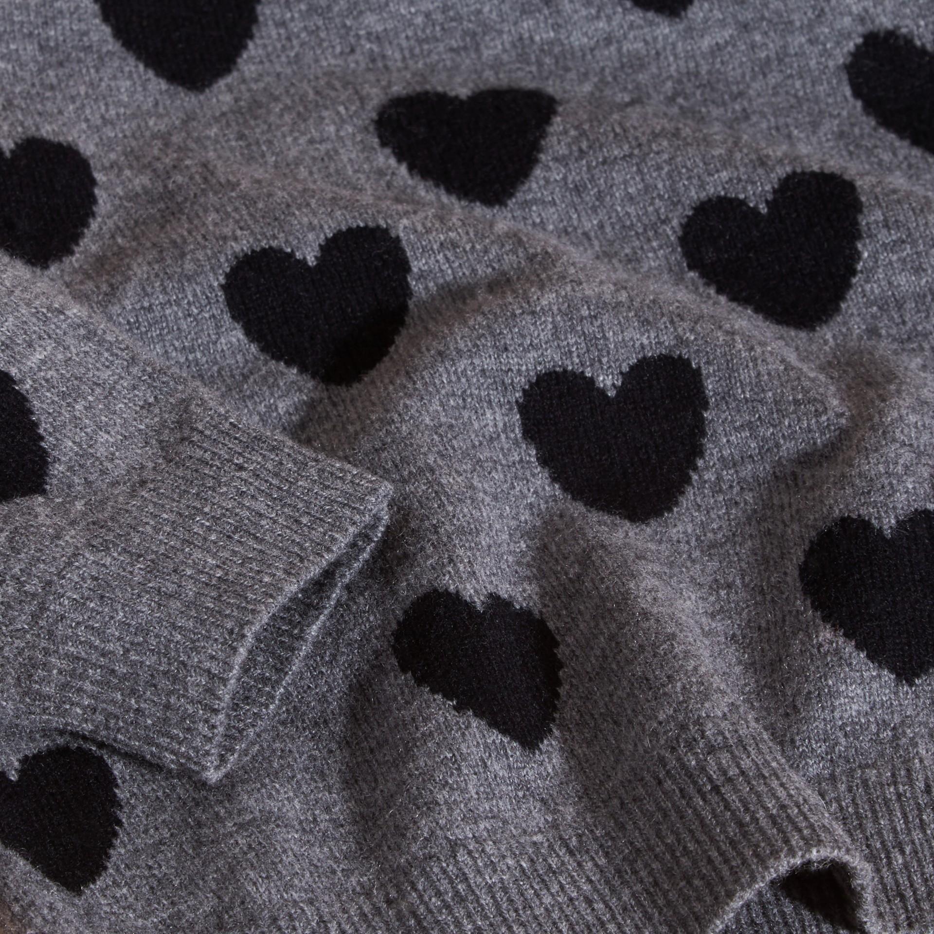 Preto Suéter de lã e cashmere com corações em ponto de tricô intársia - galeria de imagens 2
