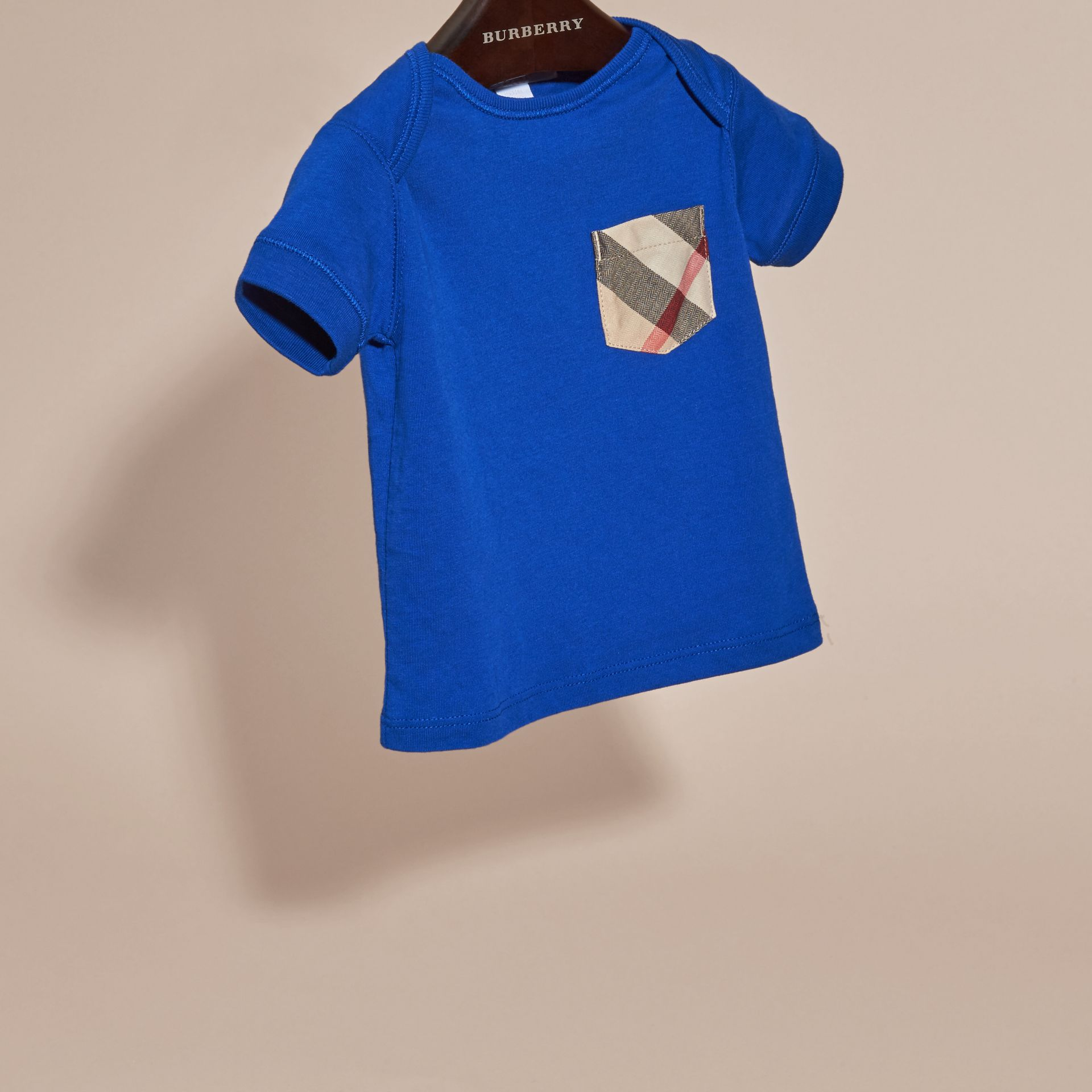 Check Pocket T-Shirt in Brilliant Blue | Burberry - gallery image 3