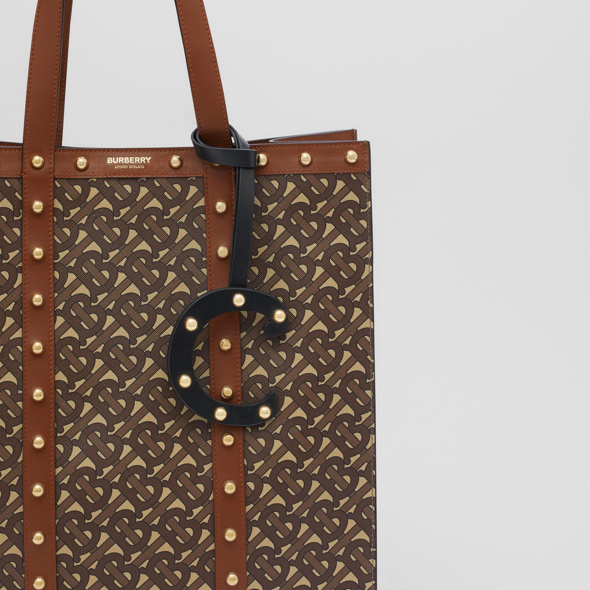 Taschenanhänger aus Leder in C-Form mit Ziernieten (Schwarz/helles Goldfarben) - Damen | Burberry - Galerie-Bild 3