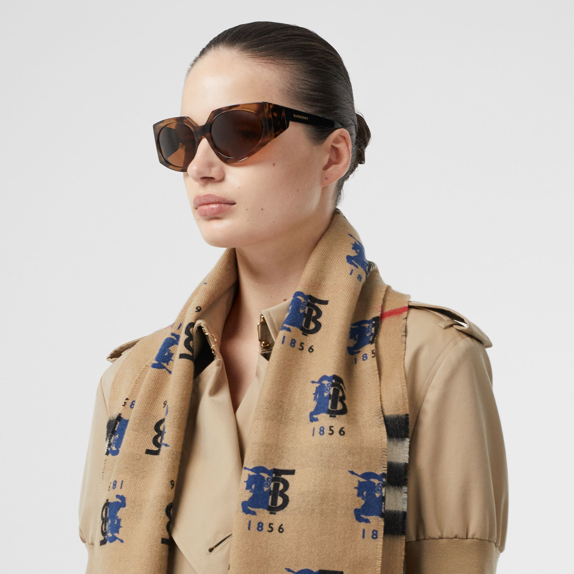 Contrast Logo Graphic Check Cashmere Scarf in Blue | Burberry - gallery image 2