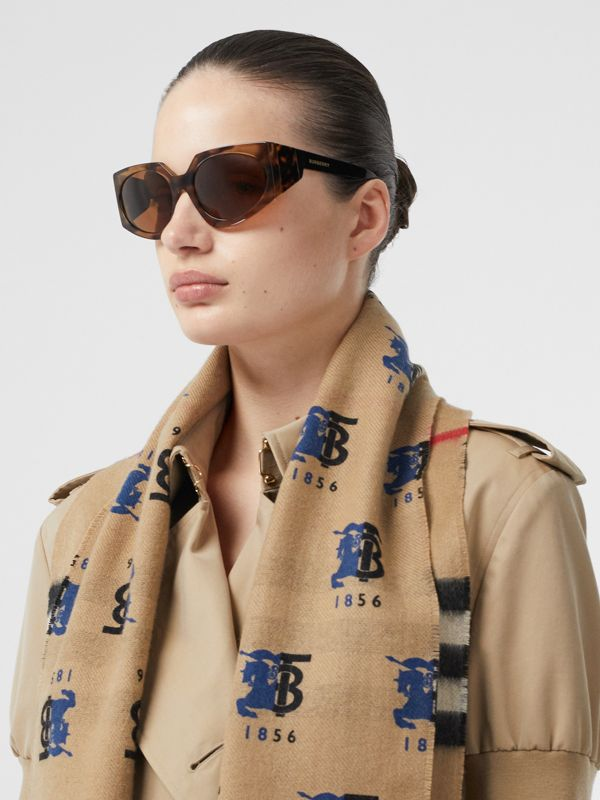 Contrast Logo Graphic Check Cashmere Scarf in Blue | Burberry - cell image 2
