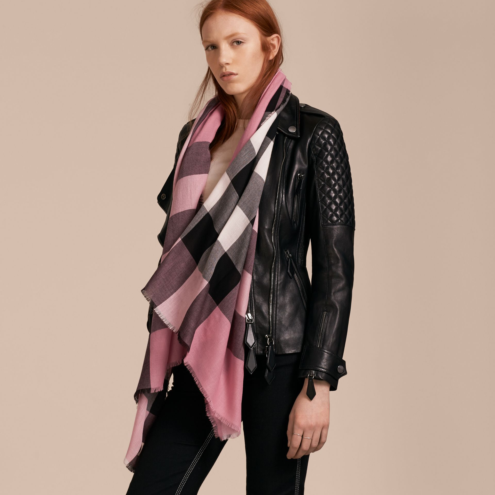 The Lightweight Cashmere Scarf in Check Rose Pink - gallery image 3