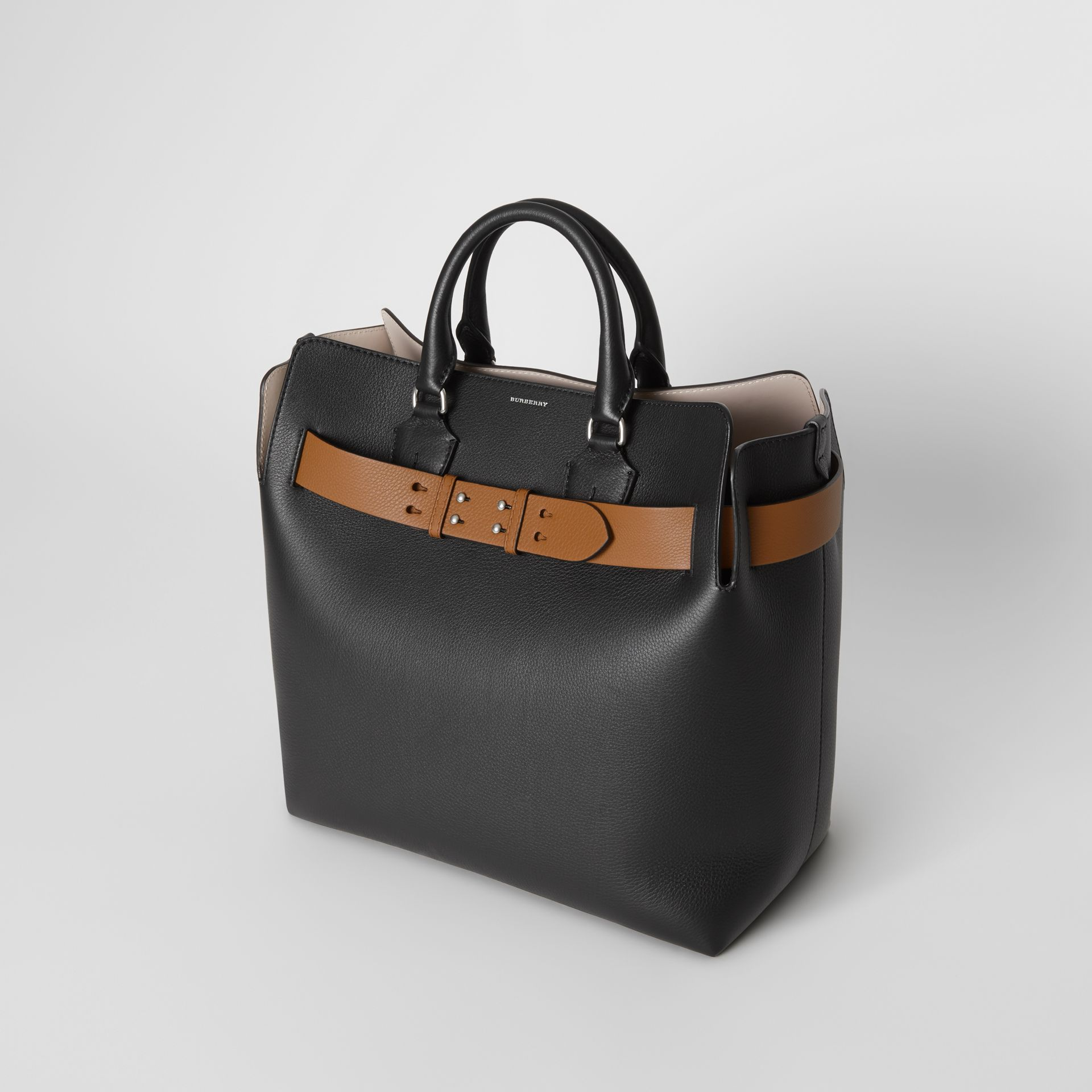 The Large Leather Belt Bag in Black - Women | Burberry - gallery image 2
