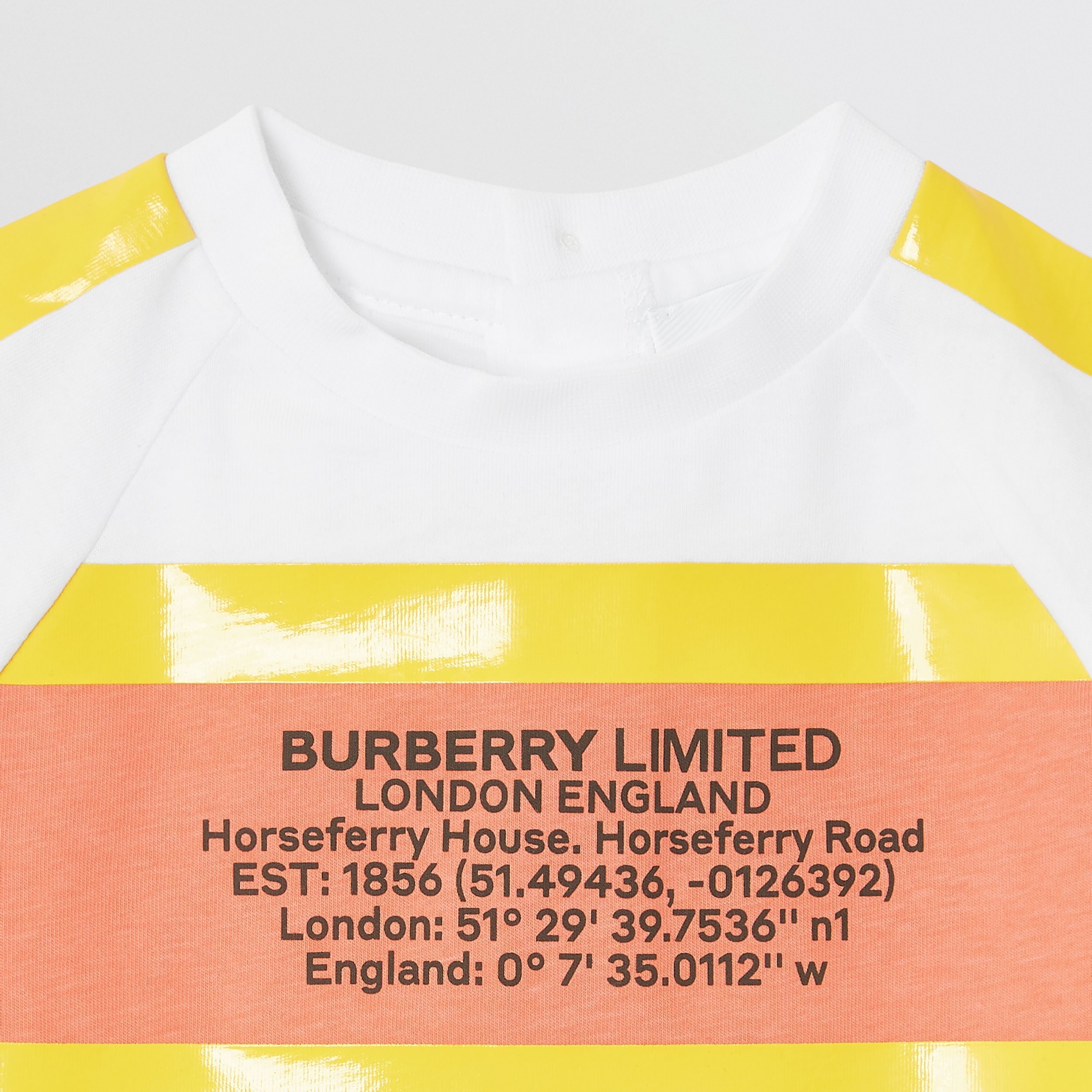Tape Detail Location Print Cotton T-shirt in Yellow - Children | Burberry - 2