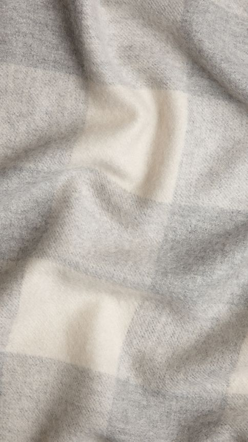 Pale grey Check Cashmere Blanket - Image 3