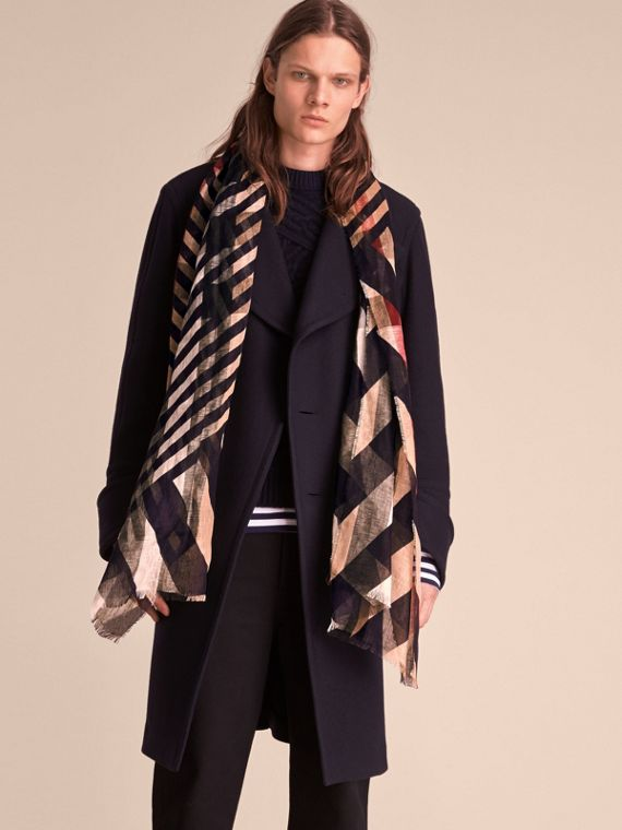 Lightweight Stripe Print Check Linen Scarf in Navy/camel - Men | Burberry - cell image 2