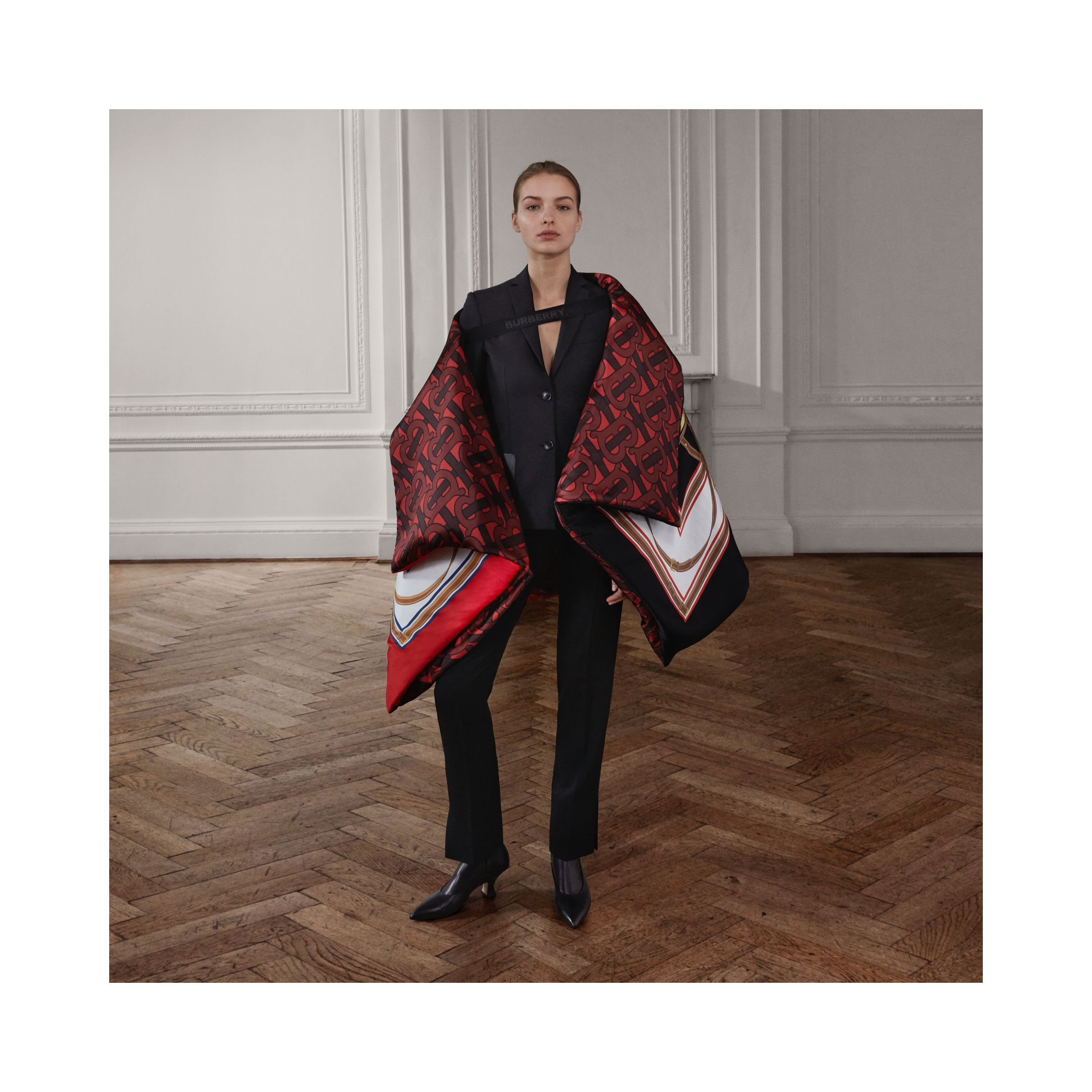 Archive Scarf Print Silk Satin Oversized Puffer Cape in Crimson - Women | Burberry - 2