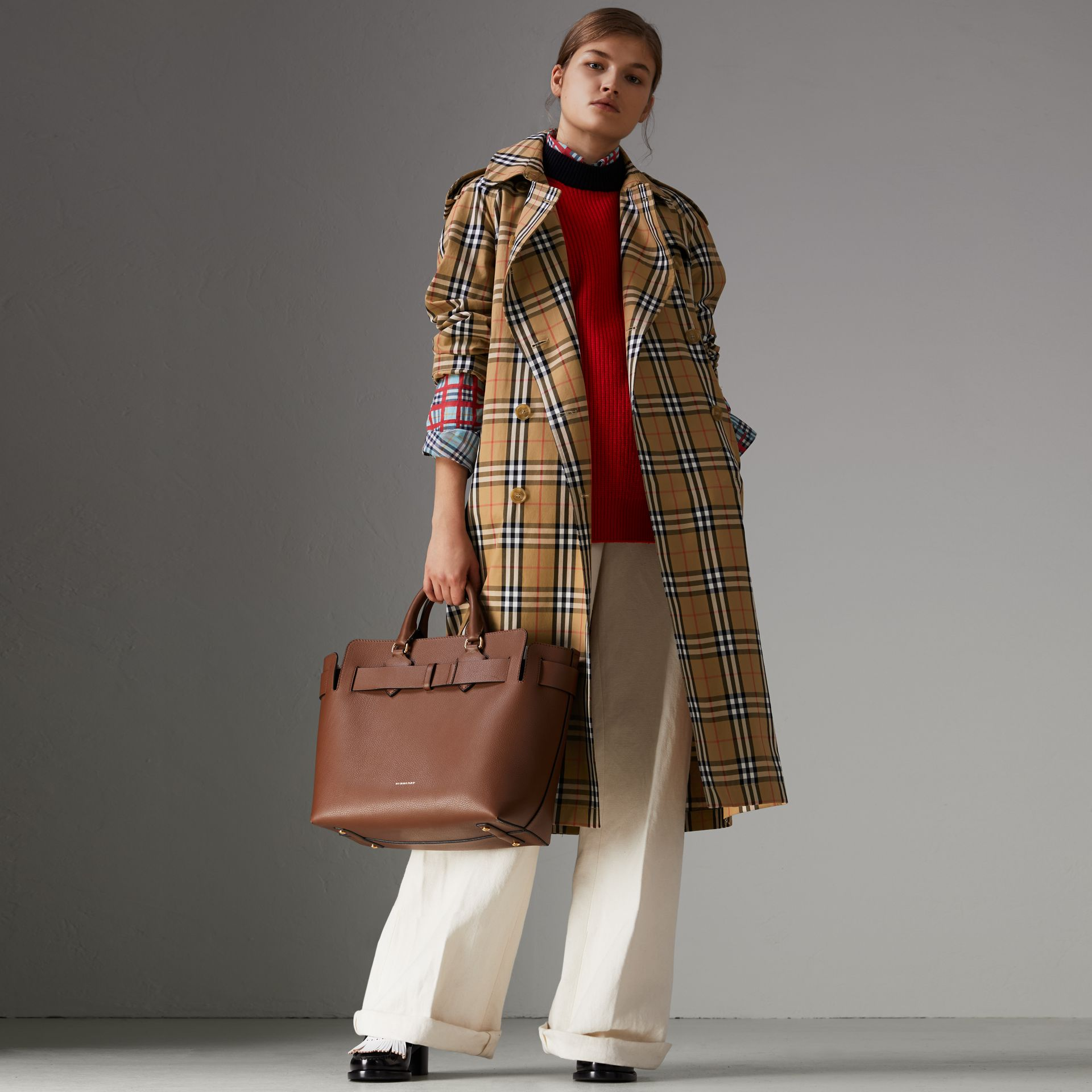 Vintage Check Cotton Trench Coat in Antique Yellow - Women | Burberry - gallery image 6