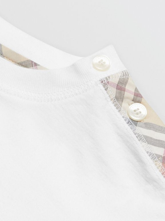 Check Cotton Three-piece Baby Gift Set in White - Children | Burberry United States - cell image 1