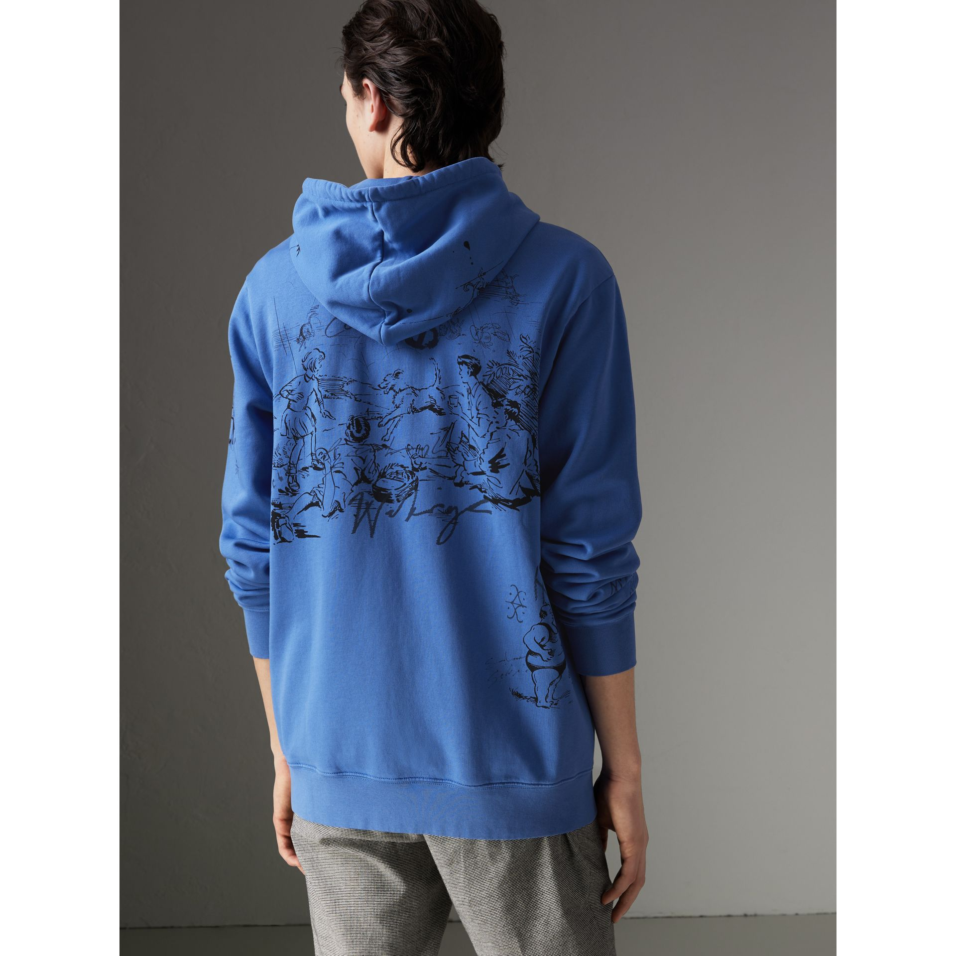 Adventure Print Cotton Jersey Hooded Top in Cornflower Blue - Men | Burberry - gallery image 2
