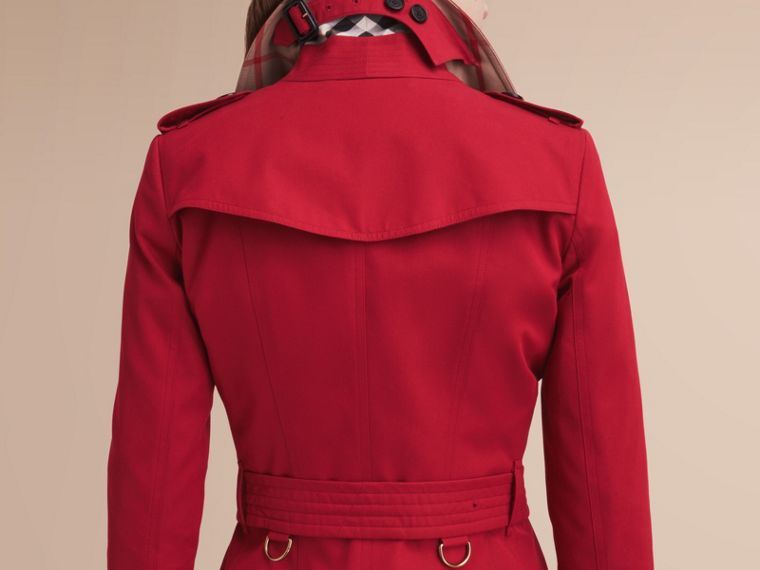 The Chelsea – Mid-length Heritage Trench Coat in Parade Red - Women | Burberry - cell image 4
