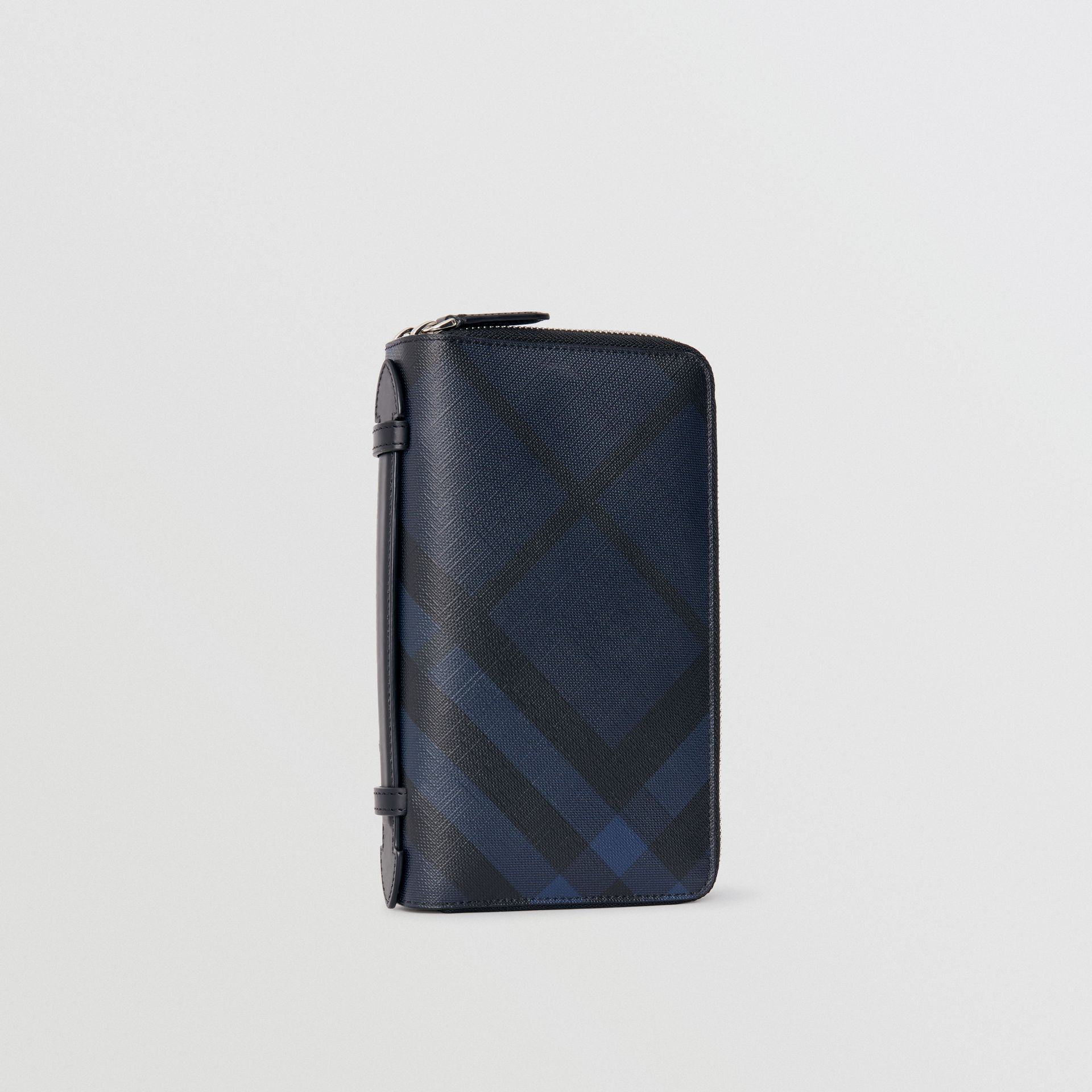 London Check Travel Wallet in Navy/black - Men | Burberry Singapore - gallery image 4