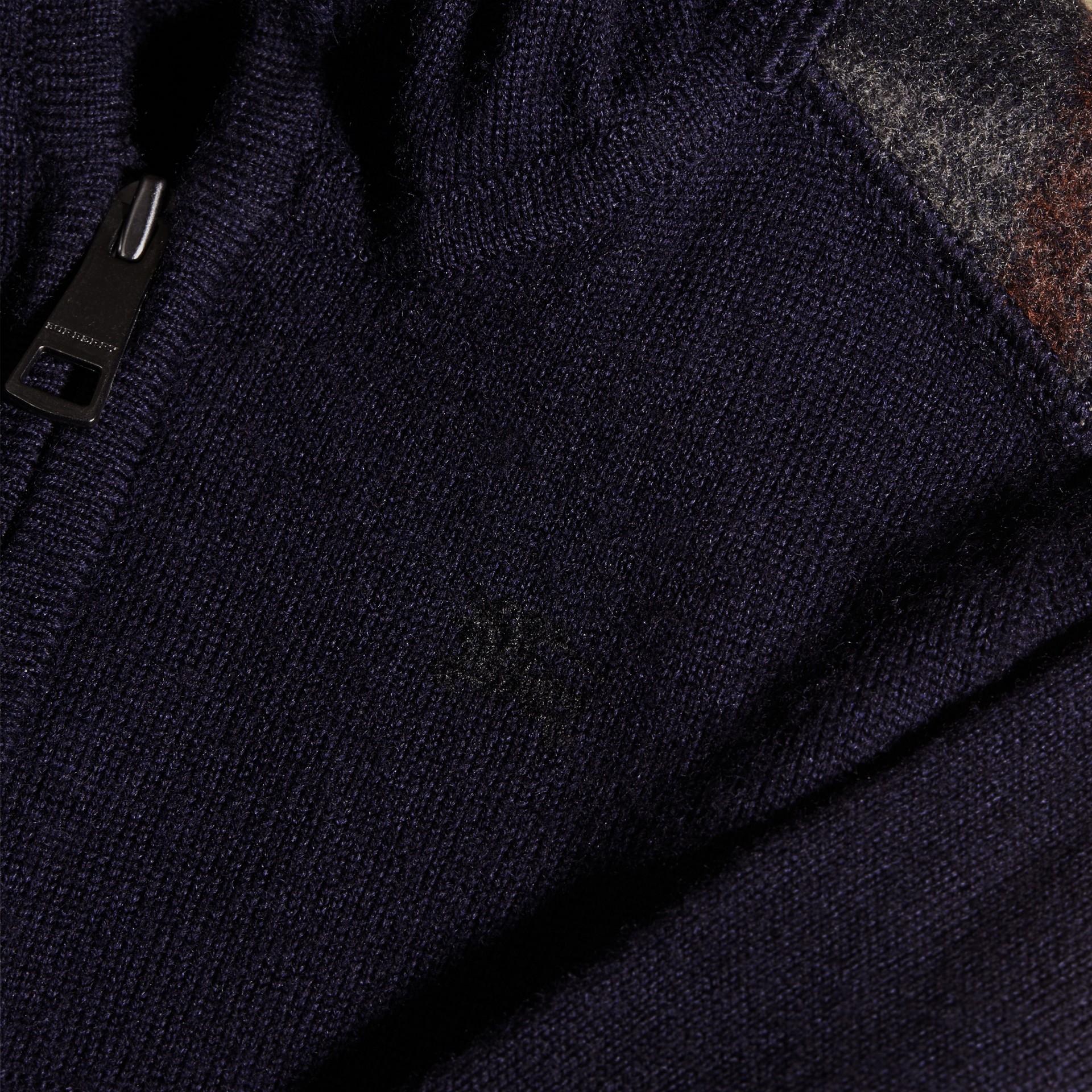 Navy Felpa con cappuccio in lana Merino con dettagli check - immagine della galleria 2