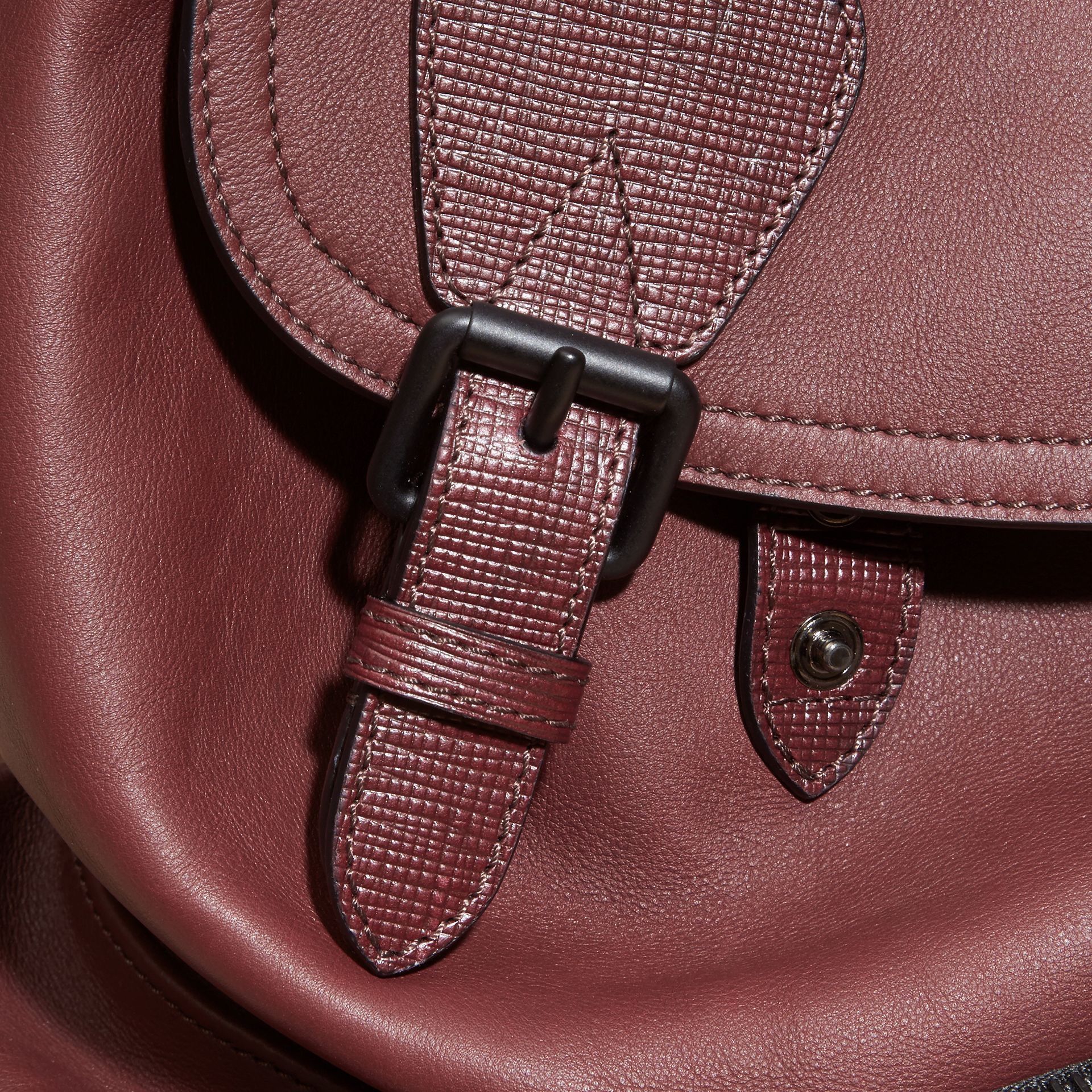 The Large Rucksack in Water-repellent Leather in Burgundy Red - gallery image 9
