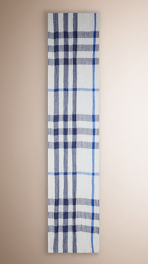 Chalk white check Check Linen Crinkled Scarf Chalk White - Image 3