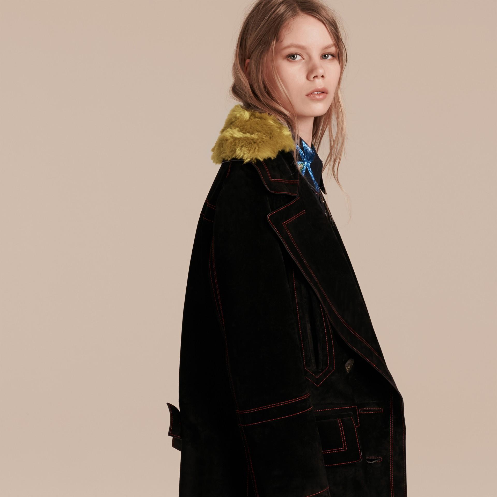 Preto Pea coat de camurça com colarinho de shearling - galeria de imagens 5