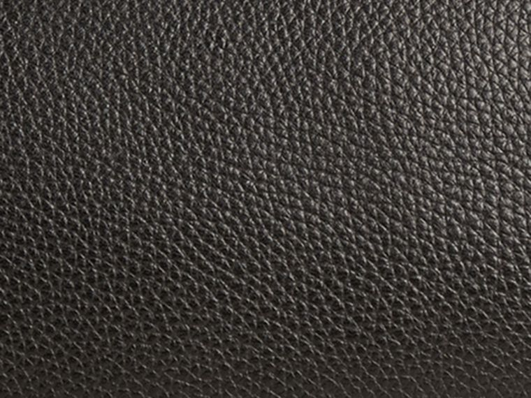 Black Grainy Leather Washbag - cell image 1