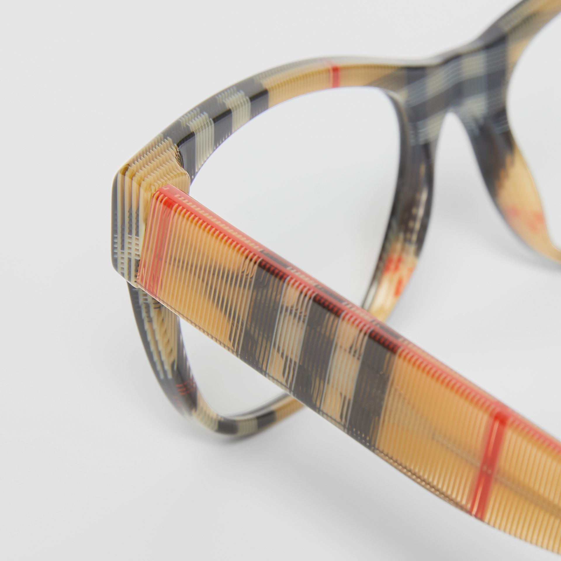 Vintage Check Detail Square Optical Frames in Black/beige - Women | Burberry - gallery image 1