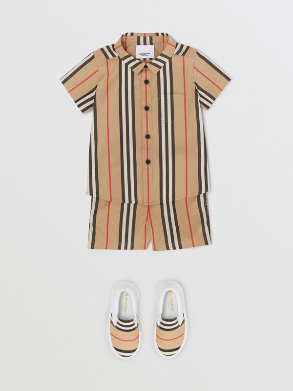 短袖標誌性條紋棉府綢襯衫 (典藏米色) - 童款 | Burberry - cell image 2