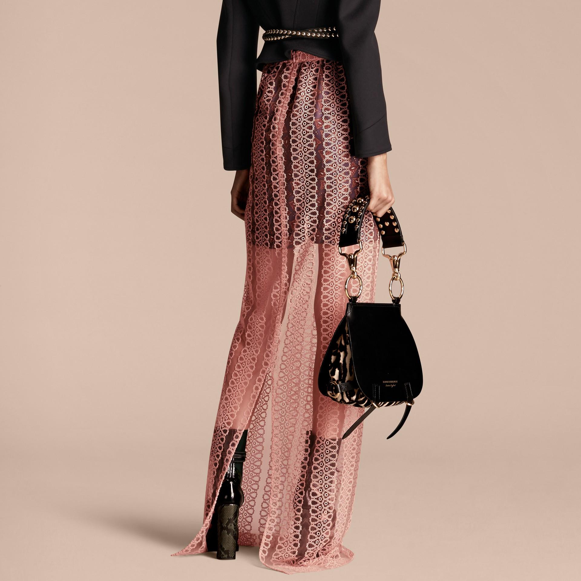 Rosa claro Saia estilo coluna de tule com faixas de bordado - galeria de imagens 3
