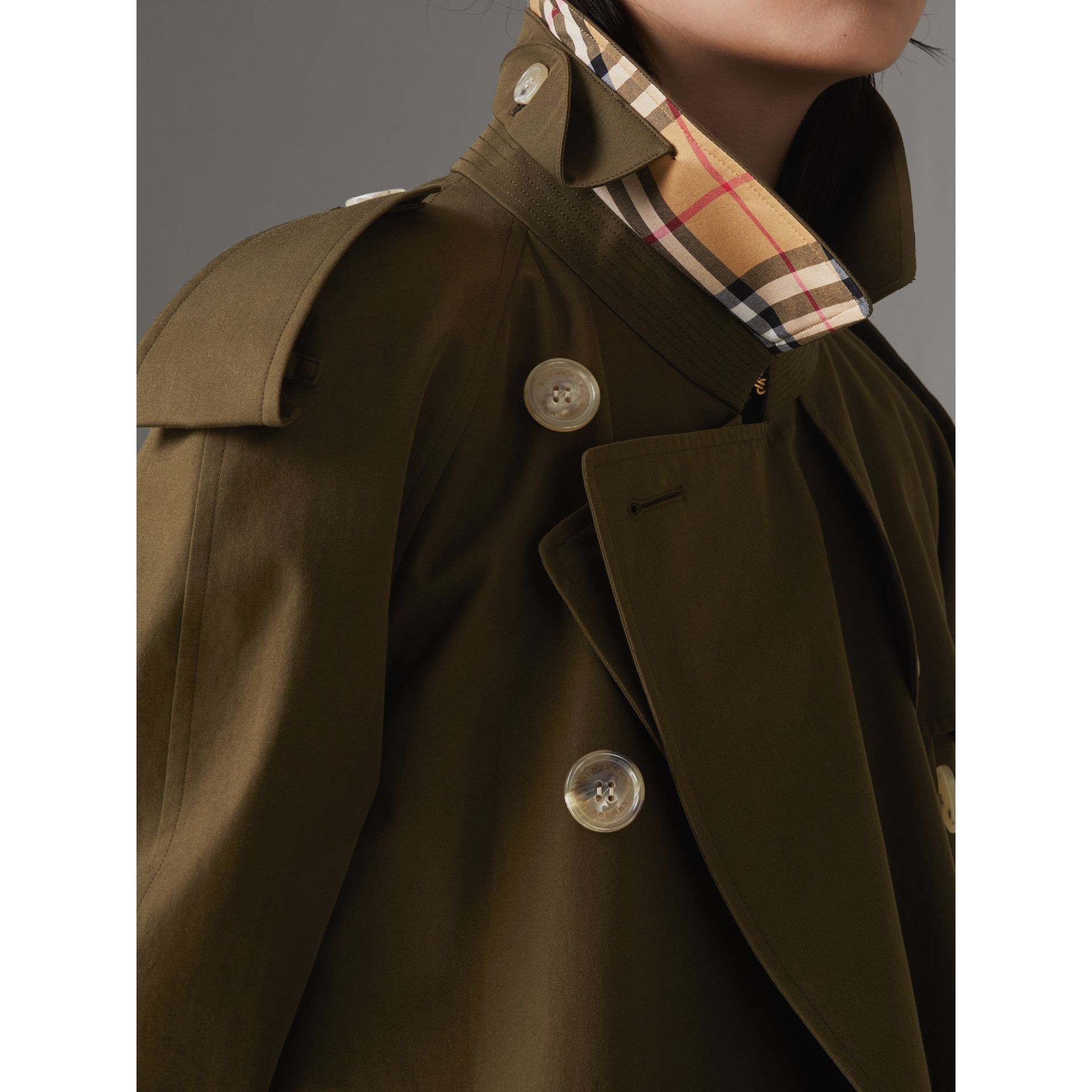 The Westminster Heritage Trench Coat in Dark Military Khaki - Women | Burberry Singapore - gallery image 4