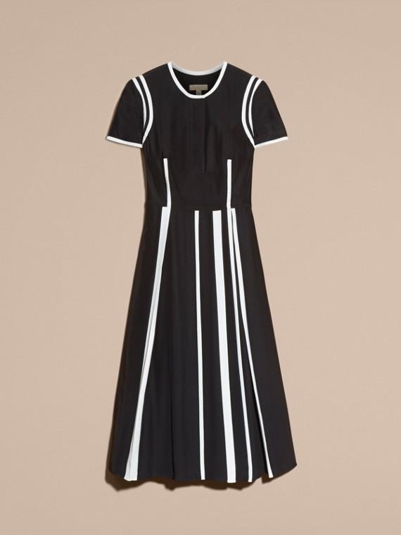 Черный Шелковое платье с контрастной отделкой - cell image 3