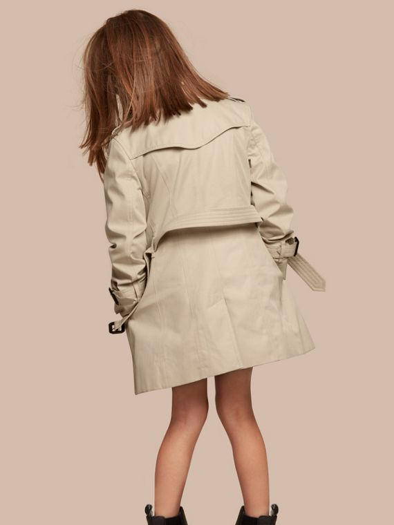 The Sandringham – Heritage Trench Coat in Stone - Girl | Burberry - cell image 3