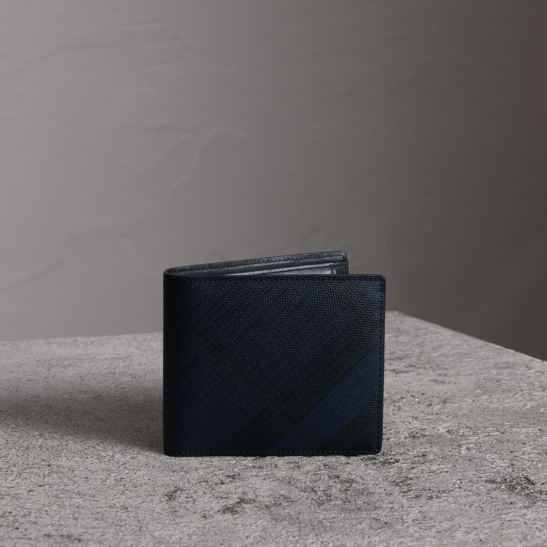 London Check International Bifold Coin Wallet in Navy/black - Men | Burberry Singapore - gallery image 0