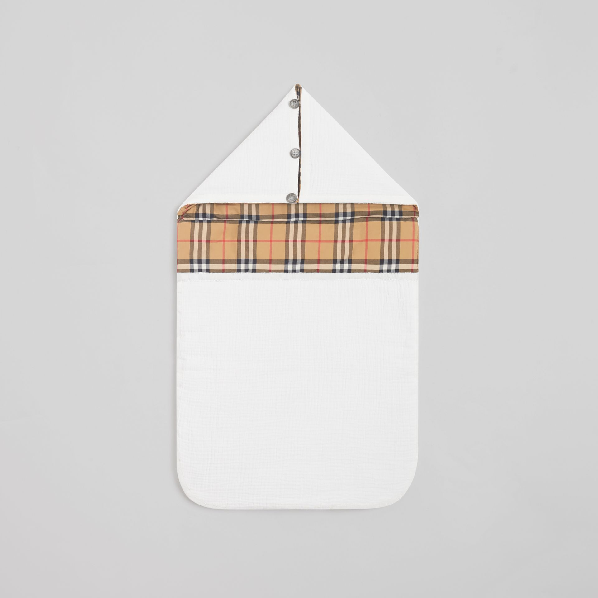 Vintage Check Cotton Baby Nest in White - Children | Burberry United Kingdom - gallery image 0